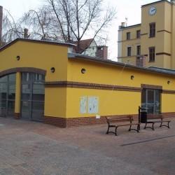 Pasaż handlowy przy ul. Krzywoustego 304-312 we Wrocławiu
